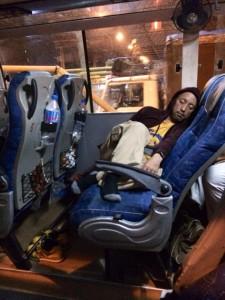 Vol.38 (4日目)【深夜のバス内で、まさかの事件!】 6
