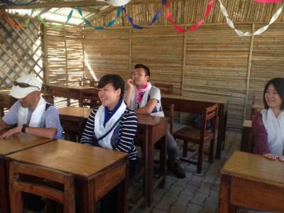 快適な竹の教室の内部 2015.10.9