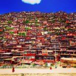 行けるかどうかは運次第!? 世界最大の仏教僧院 ラルンガルゴンパ